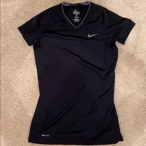 Fitted Nike work out shirt! WORN ONCE!